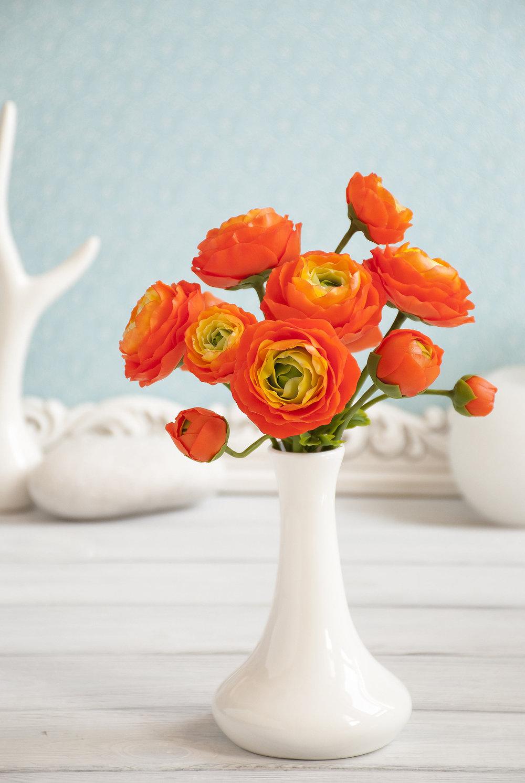 Orange flowers Ranunculus flower bouquet Buttercups flower Fake flower bouquets Interior decorating Wedding centerpieces Table decorations(1).jpg