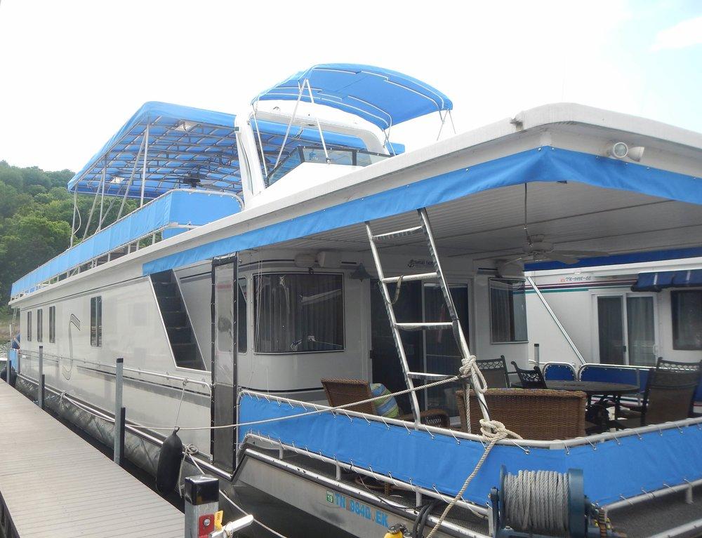 Moss - Houseboat Full Canvas.JPG