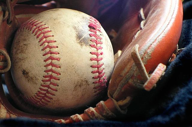 softball-1354947_640.jpg