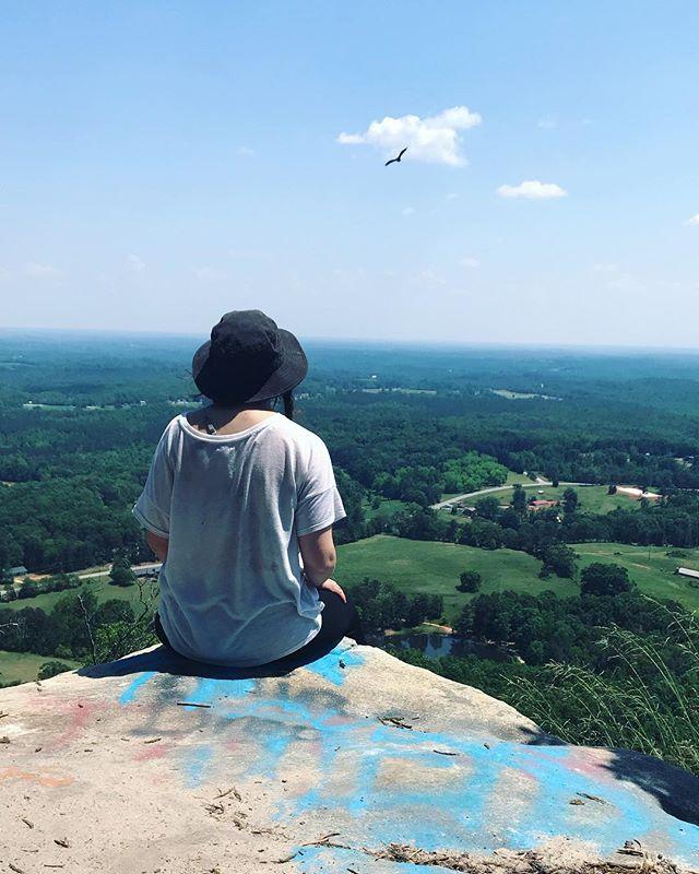 There's not much better in this life than gazing out across Georgia mountains ⛰  #blueridgebones #blueridgemountains #appalachia #appalachianmountains #georgia #northeastgeorgia #northgeorgia #toccoageorgia #curraheemountain #wander #wandernorthgeorgia #atlantatrails #georgiahikers #womenwhohike #mountainlife #southernappalachia #getoutside #hikethat #adventure