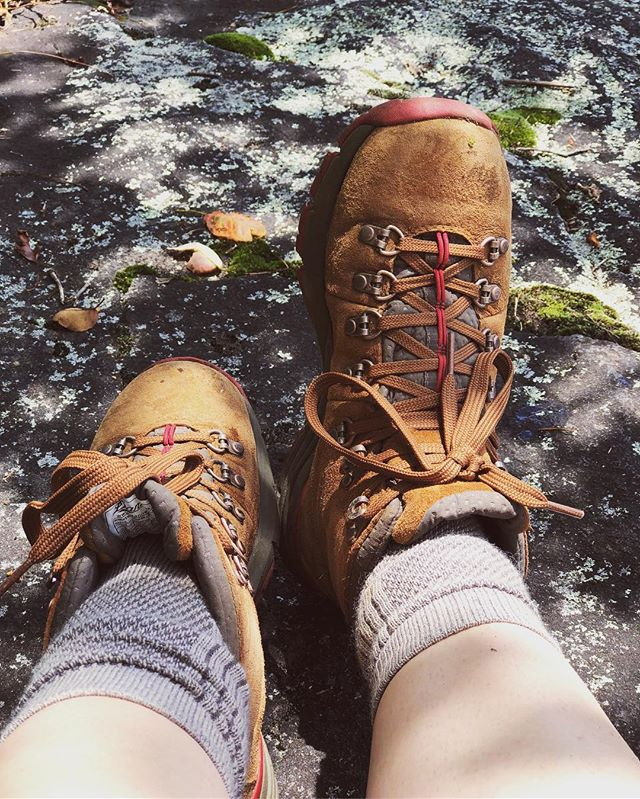 """You are not in the mountains. The mountains are in you."" John Muir 🍃 #blueridgebones #blueridgemountains #appalachia #appalachiantrail #exploregeorgia #atlantatrails #wandernorthgeorgia #adventure #getoutside #dannerboots #johnmuir #georgiahikers #richardrussellscenichighway"