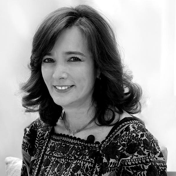 Juana Cuevas - Economista y Artista Plástica
