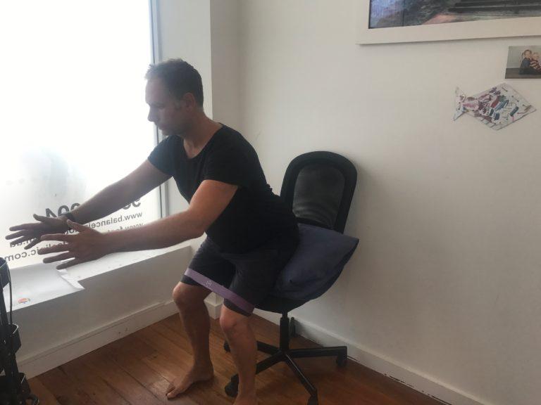 Balance_In_Motion_Knee-Exercise_2.jpg