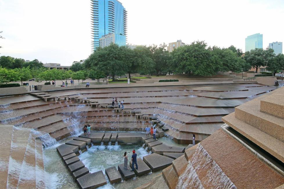 fort-worth-water-gardens.jpg