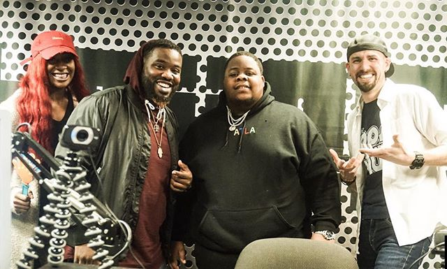 #aboutlastnight THANKS to @therealragin856 for stopping by Studio C! He's a great artist if you don't already know. And special thanks to @fakewillwright for filling in for @_shaunlowe_ (and @shaedavis_music who is recovering from an apparently severe case of narcolepsy 🤦🏻♂️🤦🏻♂️🤣) Look out for Episode 19 of #trijampodcast this week!! 📸 @kdotshot.it . . @thekylemaack @joriversmusic #TriJam #podcast #localartists #forartistsbyartists #tristate #tristatearea #rnb #hiphop #artistshowcase #philly #nj #wilmingtonde #de #pennsylvania #followus #realmusic #trijampodcast #phillymusic #njmusic #delawaremusic #hiphop #rap #rnb #comedy