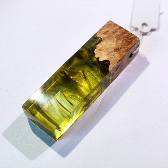 Looks like olive oil.  #jamesparkerdesigns #jewelry #woodworking #resinart #resin #fashion #pendant #art #stabilizing #designer #handmade #craftsman #beautiful #burl #necklace #smallbusiness #new #news #pdxsatmkt #giftideas #gift #finejewelry #drama #loveit #thoughts