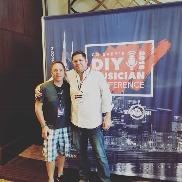 With my good buddy Joe Paris of @straystarmusic (manager of @stelleamor ) at the #diymusician conference in #nashvegas this weekend