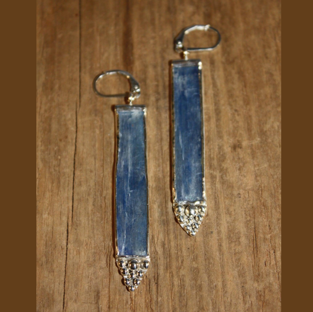 Kyanite and Bubbles