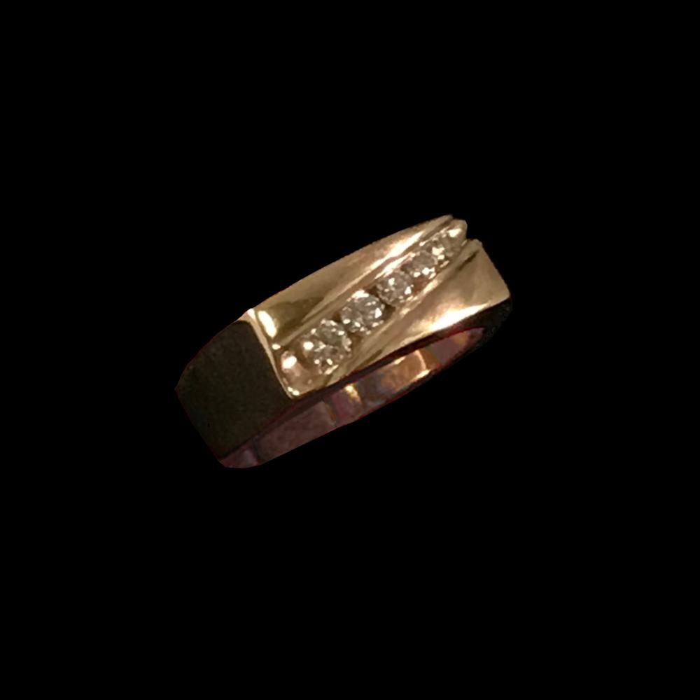 14K Yellow Gold Wedding Ring with 5 Diamonds