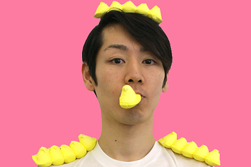 Takeru kobayashi - A Japanese competitive eater. He holds many records, including eight Guinness Records, for eating hot dogs, meatballs, Twinkies, tacos, hamburgers, pizza, ice cream and pasta.