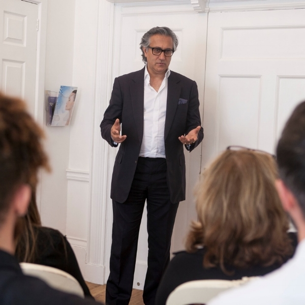 Dr Aamer Khan Training in Aesthetic and Cosmetic Procedures at the Harley Street Training Academy