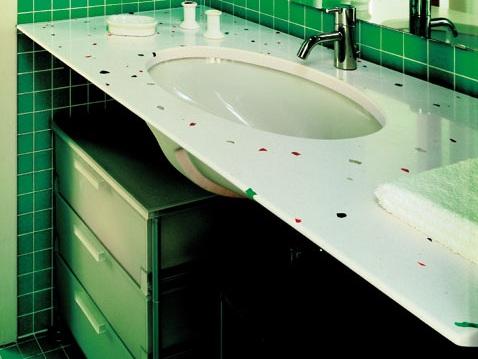 Top bagno in quarzo personalizzabile
