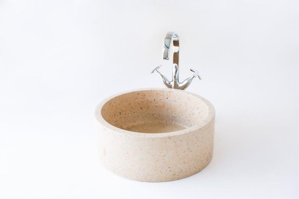 Lavabo tondo in pietra finitura satinata