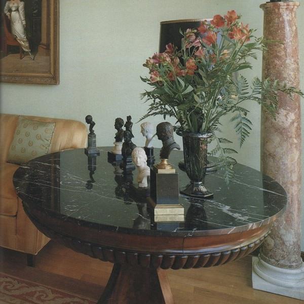 Tavolino su misura in marmo Nero Marquinia