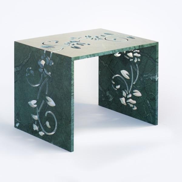 Tavolino in marmo Verde Guatemala di design personalizzato