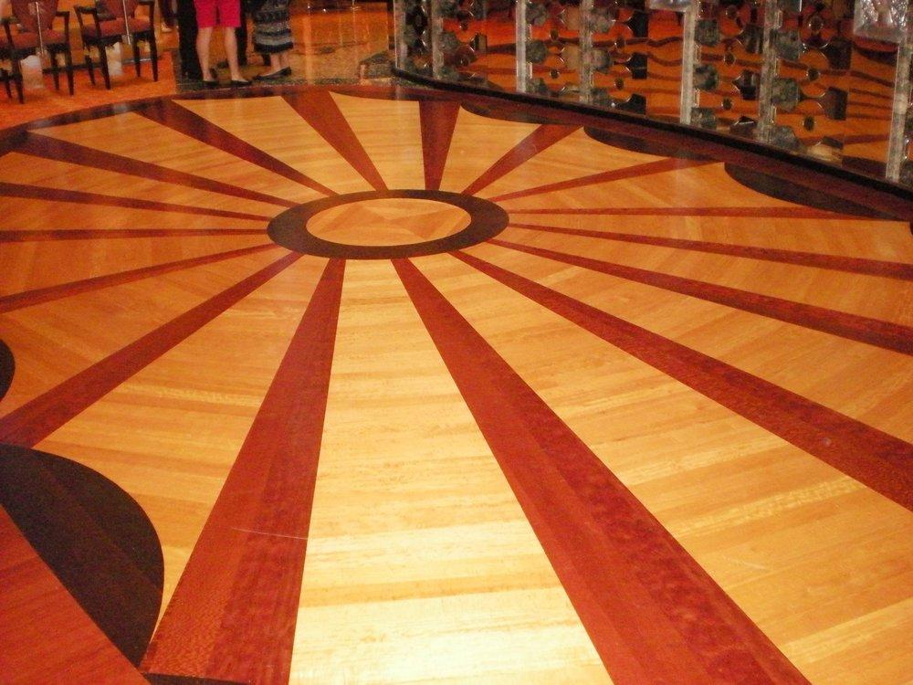 Pavimento in Pietra: Travertino classico e rosso