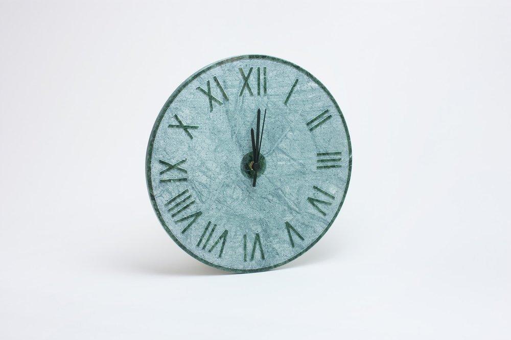 Orologio modello romano in marmo Verde Alpi