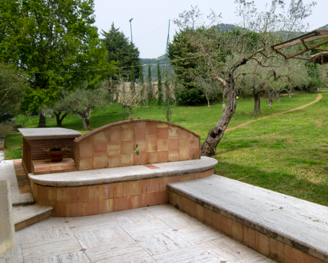 Rivestimento esterno giardino