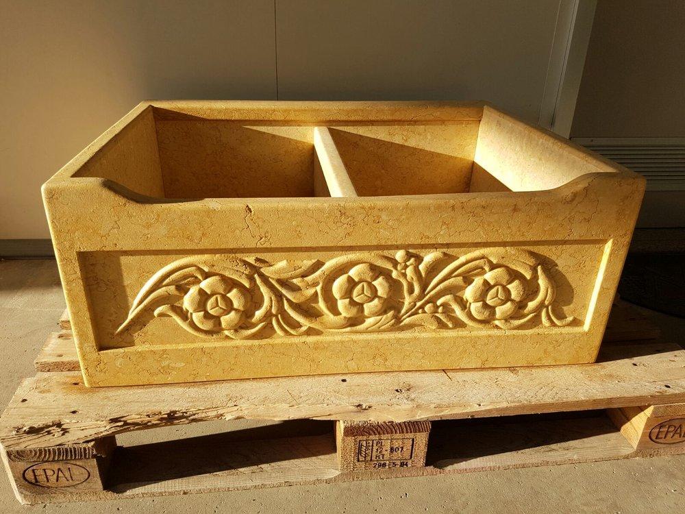 Lavello scolpito in marmo Sunny Oro