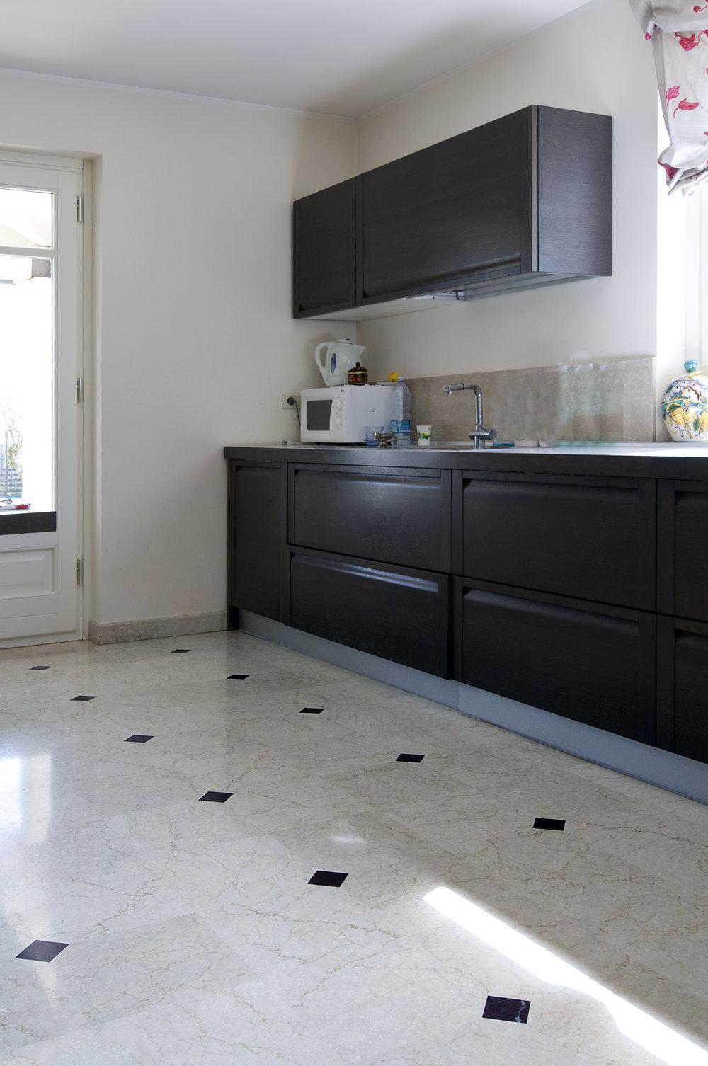 Pavimento In marmo Botticino