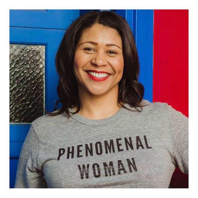 C'est l'actu du jour qui fait plaisir - London Breed devient la première femme noire élue maire de San Francisco après une belle campagne axée sur la lutte contre la crise du logement et pour le soutien aux personnes sans domicile fixe. Une élection historique ! . . . . . #moodoftheday #sororité #sorority #sisterhood #allsisters #supgirl #feminism #feminisme #feelinggood #inspiration #inspired #bebold #strongertogether #womanoftheday #femmedujpur #phenomenalwoman