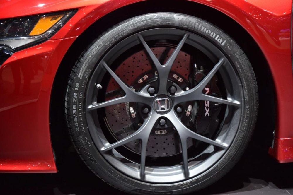 Geneva-Motor-Show-2015-Honda-NSX-08-1024x682.jpg