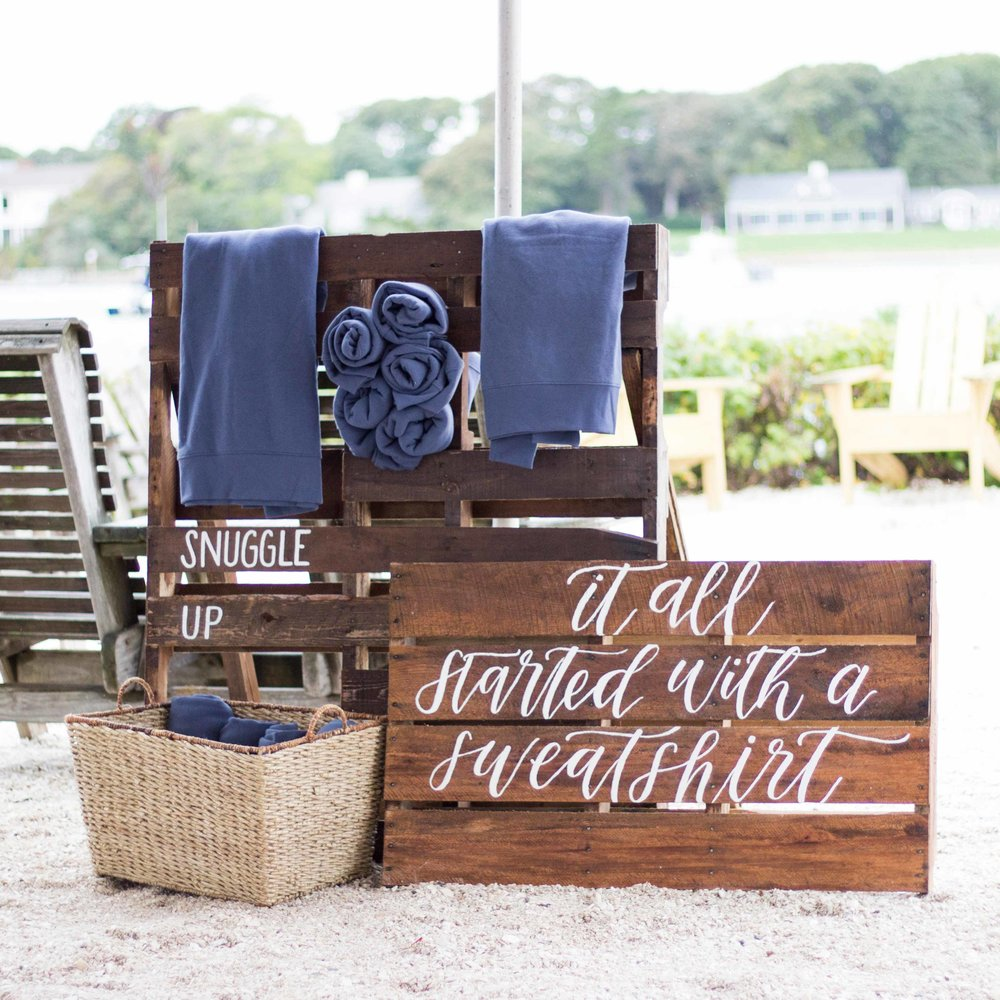 wedding-pallet-sign-sstudio.jpg