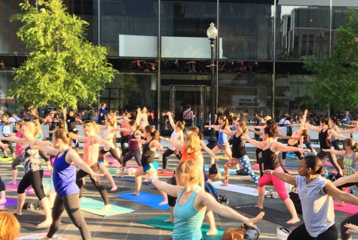 city-center-free-yoga.PNG