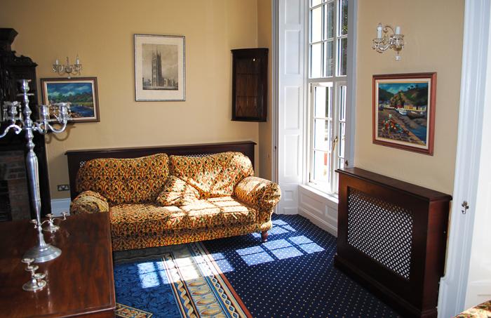 manor_greenway_lobby (4).jpg