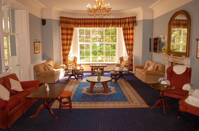 Manor_Greenway_lobby (2).jpg