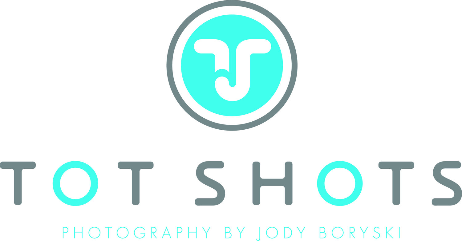 Tot Shots - Calgary Newborn, Child and Family Photographer