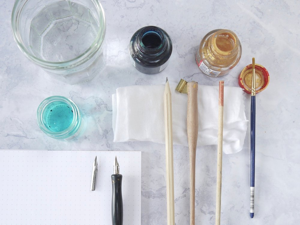 Materials for beginners of pointed pen modern calligraphy