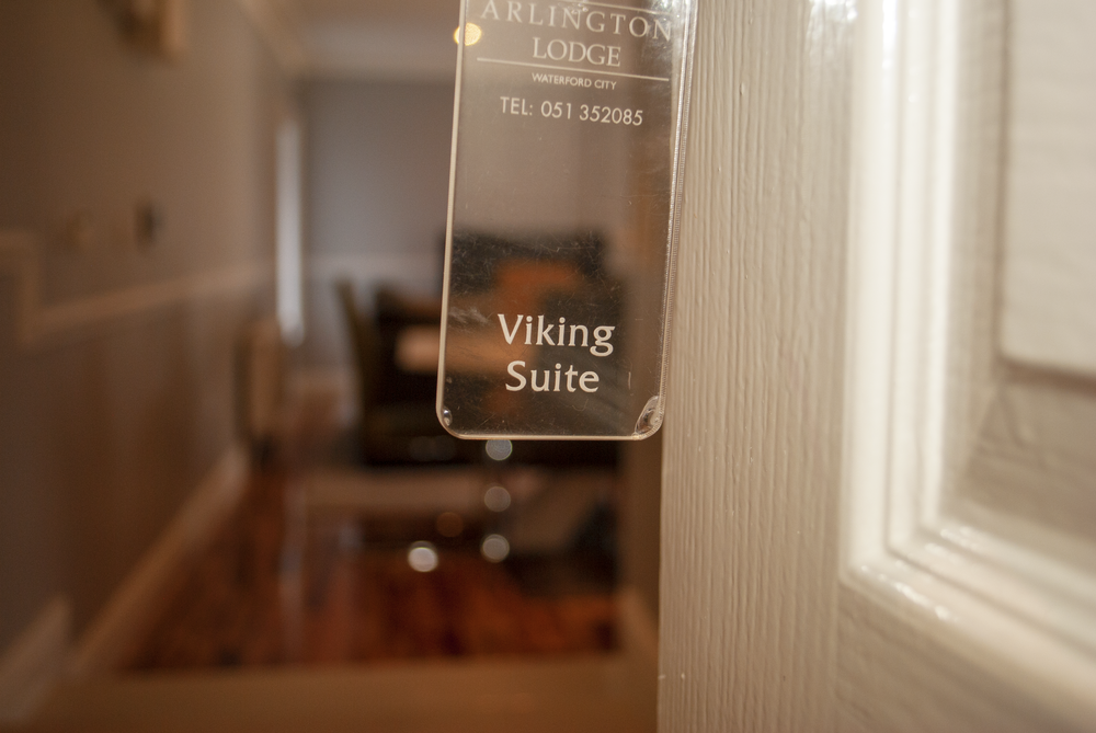 Viking Suite Arlington Lodge Suites Waterford