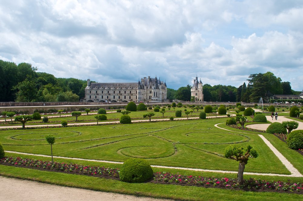 Chenonceau Chateau - 5 Most Magnificent Castles of the Loire Valley - A Happy Passport #chateau #castle #france #chenonceau