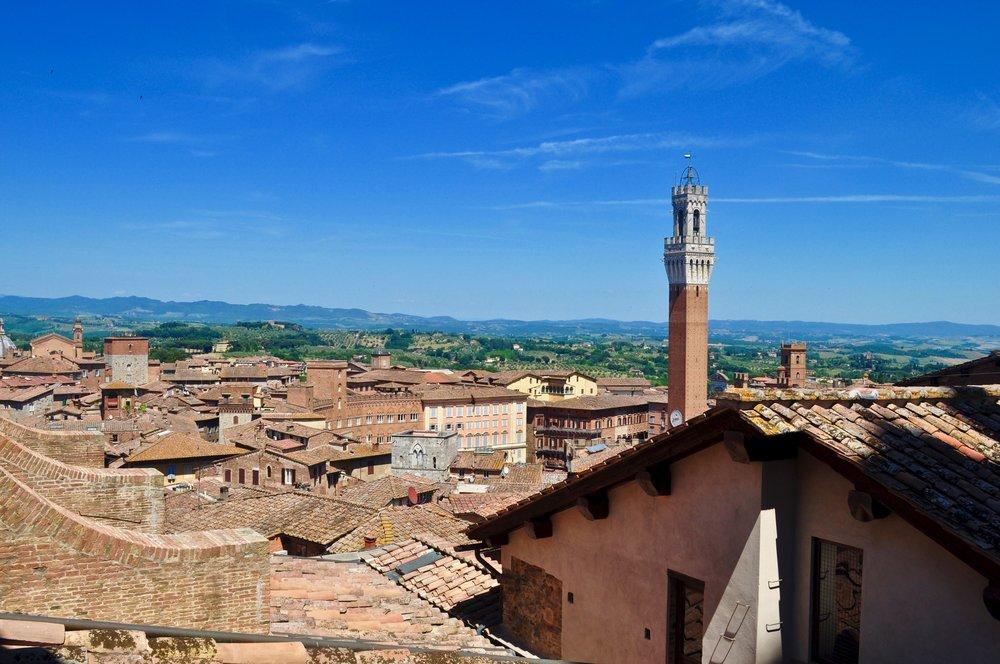 Siena, Italy - Scenic Day Trip to Siena from Florence, Italy - A Happy Passport #siena #italy #tuscany