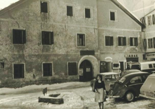 Früheres 'Lebzelter-Haus', jetziges 'Raika-Haus', 1966