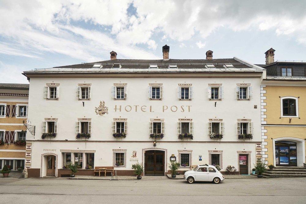 marktplatz-mauterndorf-mit-hotel.jpg
