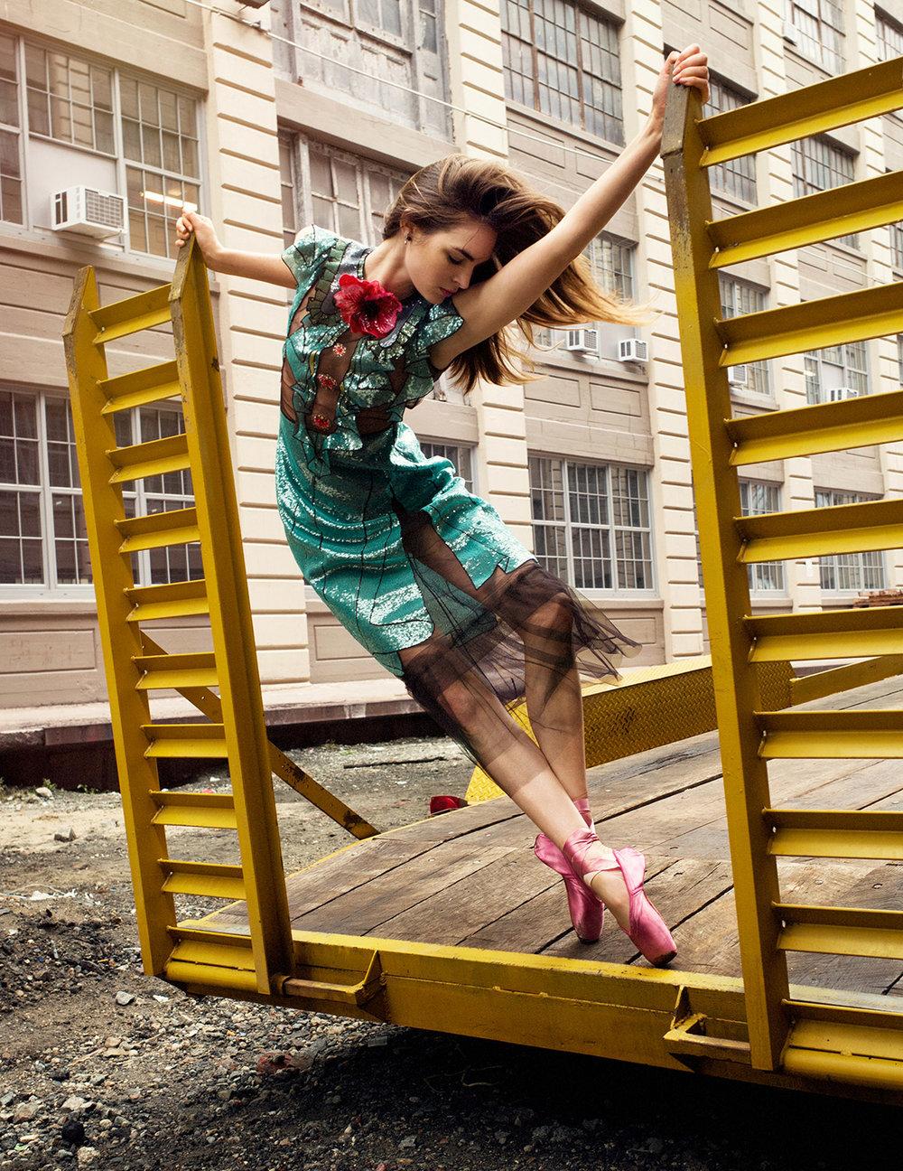 06-LAURA-LOVE.jpg