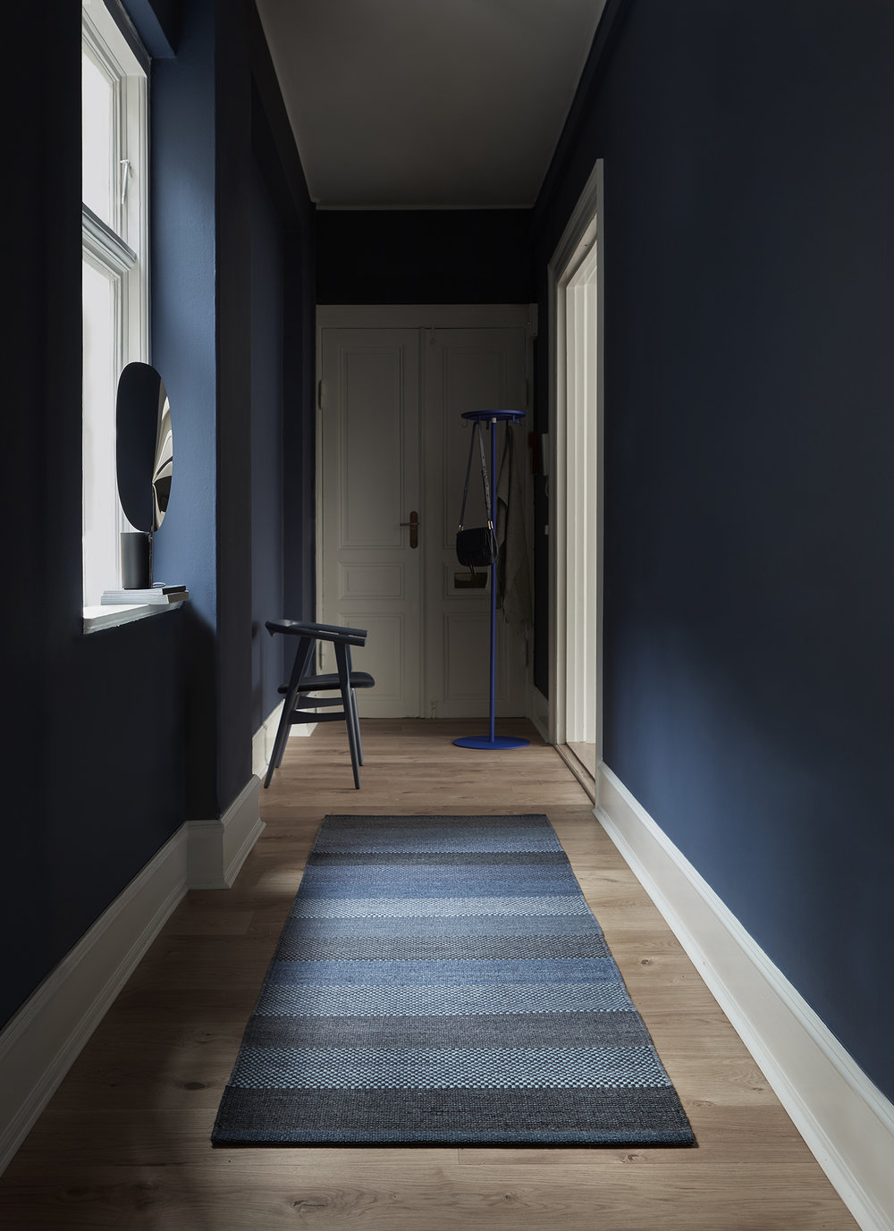 Fabula_Veronica_Rug_Blue_Wool_1717_A_300dpi_Large-2.jpg