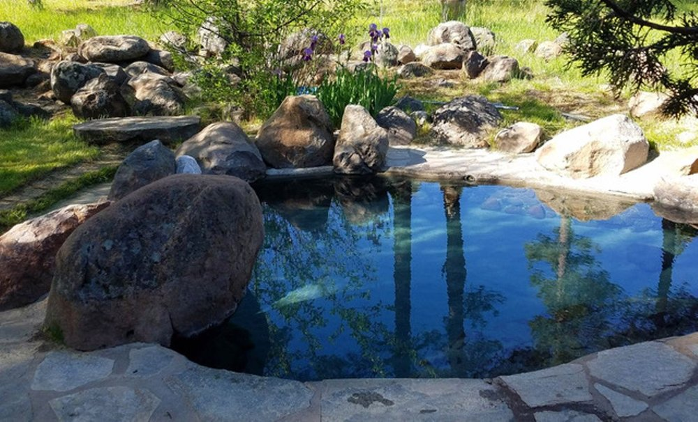 sierra-meditation-pool.jpg