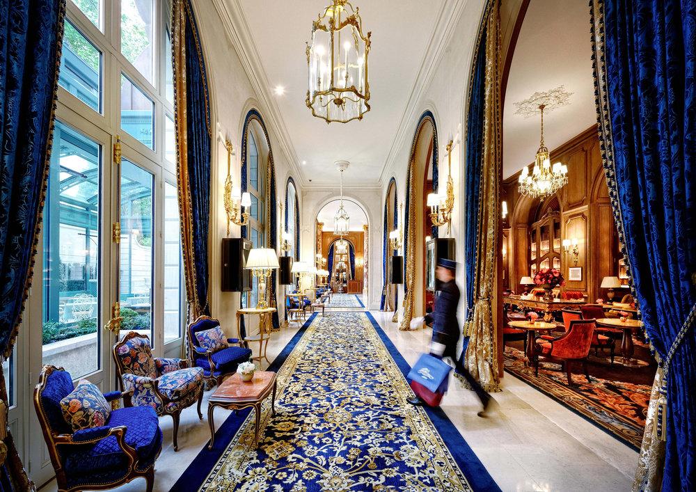 ritz-carlton-paris-lobby.ngsversion.1474906330592.jpg