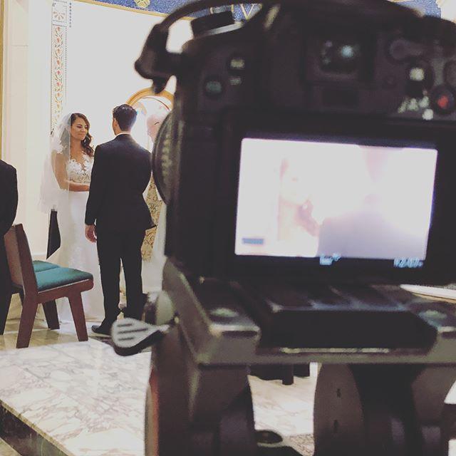 A few stills from a beautiful wedding at @naninasinthepark_