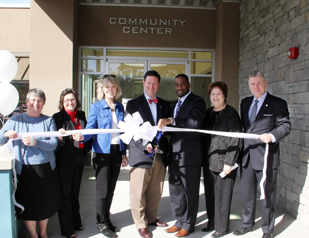 Ribbon cutting at the Lake Jackson Community Center in 2013.