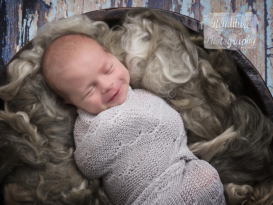 Saskatoon-Newborn-Family-Renditure-Baby-Photography-Photographer-Maternity-Pregnancy-Saskatchewan-301 FBR.jpg