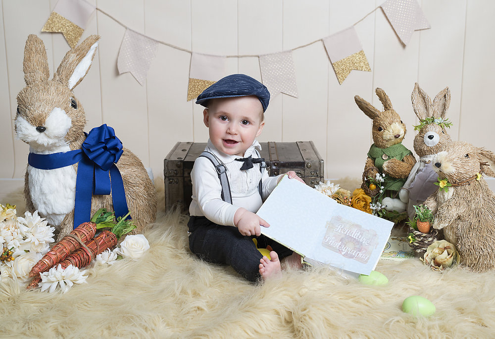 Saskatoon-Children-Family-Renditure-Photography-Photographer-Easter-Peter-Rabbit-Saskatchewan-635FBR.jpg