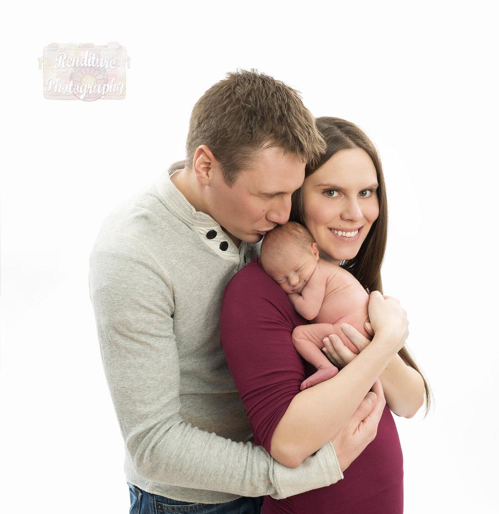 Saskatoon-Newborn-Family-Renditure-Photography-Photographer-Maternity-Pregnancy-Saskatchewan-511FBR.jpg