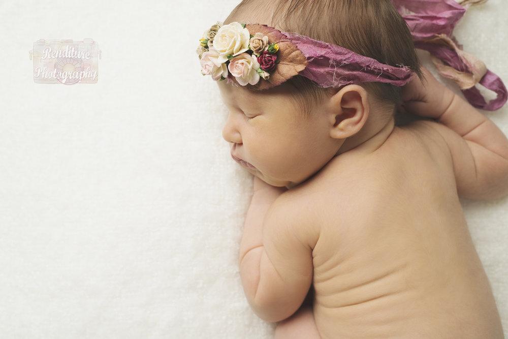Saskatoon-Newborn-Family-Renditure-Baby-Photography-Photographer-Maternity-Pregnancy-Saskatchewan-416 FBR.jpg