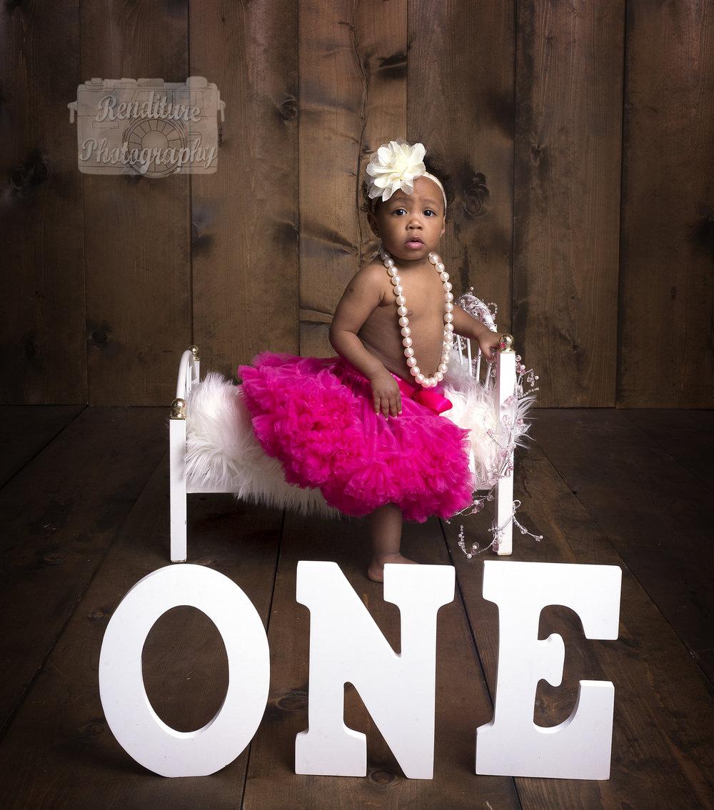 Saskatoon-Newborn-Family-Renditure-Baby-Photography-Photographer-Maternity-Pregnancy-Saskatchewan-360 FBR.jpg