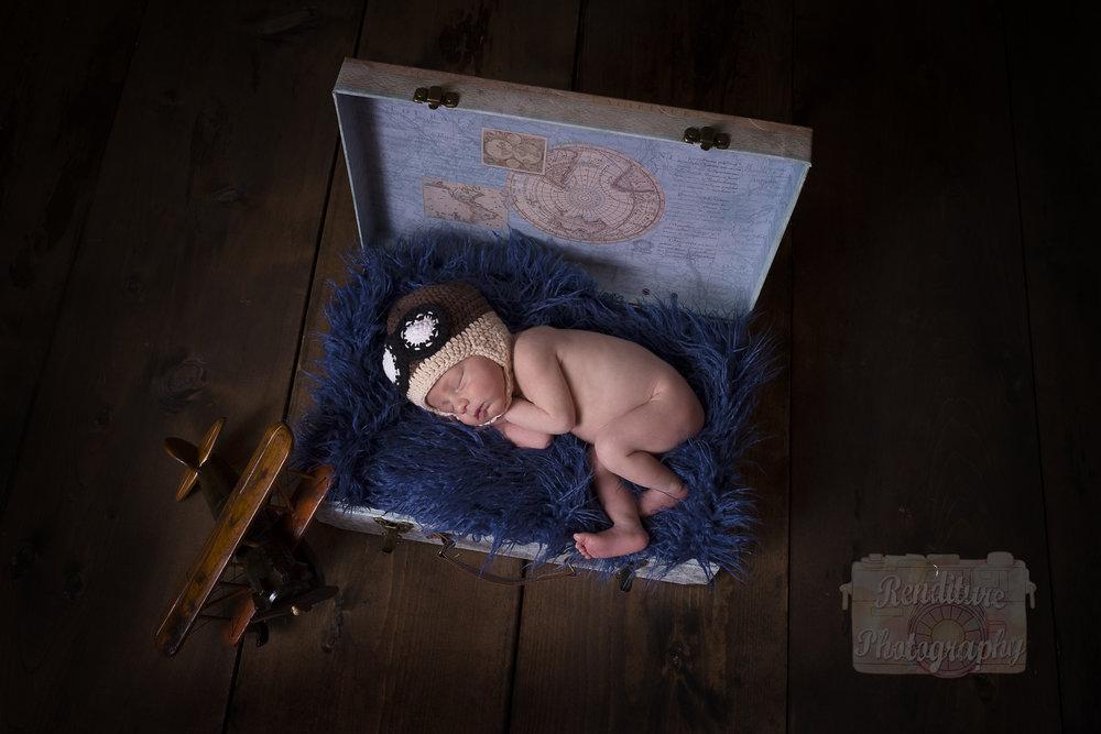 Saskatoon-Newborn-Family-Renditure-Baby-Photography-Photographer-Maternity-Pregnancy-Saskatchewan-232 FBR.jpg