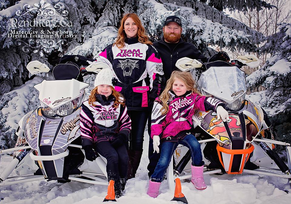 Saskatoon-Photographers-Child-Family-Photography-Saskatoon-Renditure-Photographer04.jpg